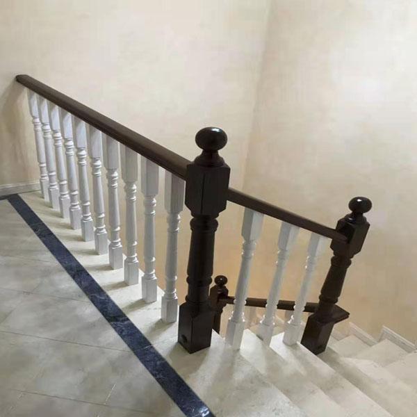 簡潔樓梯實木